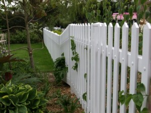 Picket fencing 1